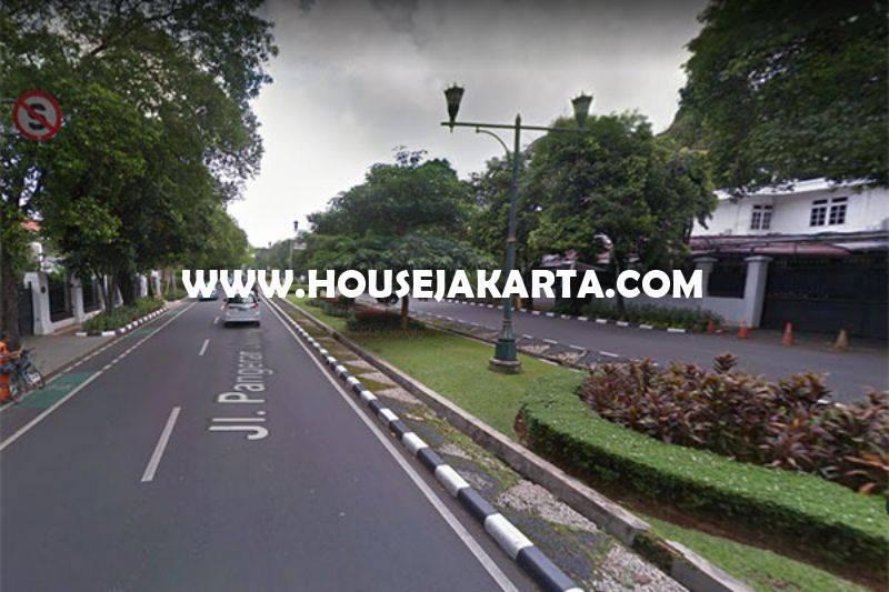 Rumah Bagus 2 Lantai Jalan Diponegoro Menteng Dijual Murah Tanah Kotak Ada Pool