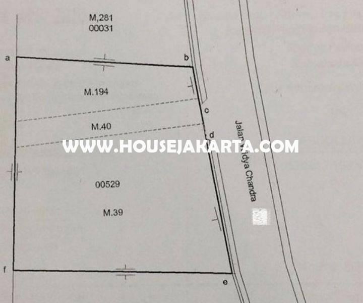 Rumah 4 lantai Jalan Widya Chandra at SCBD Senopati Kebayoran Baru Dijual Murah