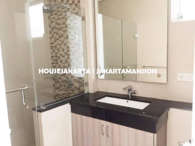 Compound for rent sewa lease at kemang