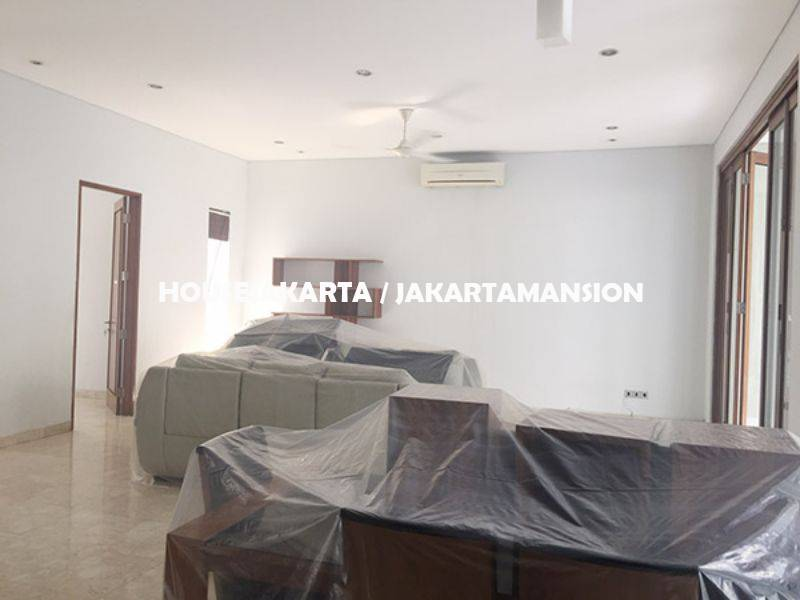 Compound for rent sewa lease at kemang