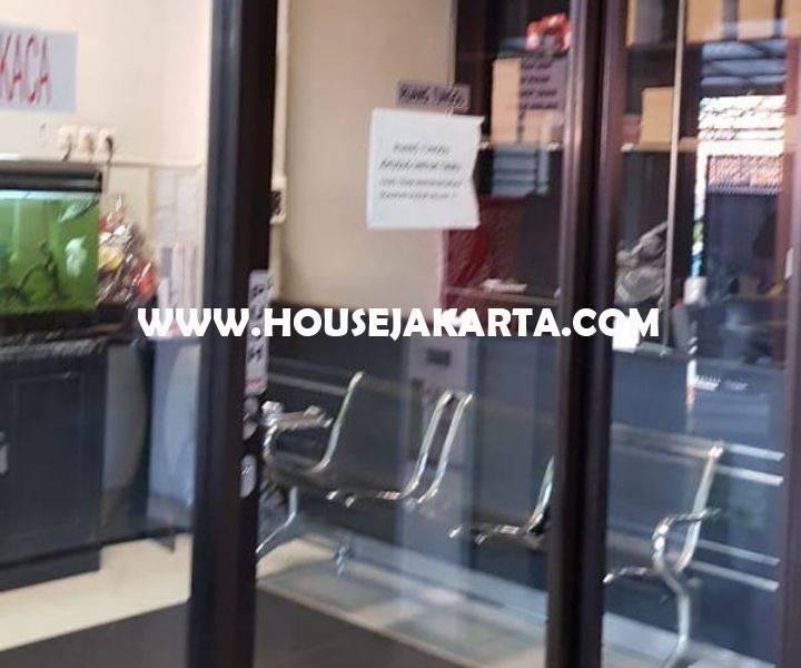 Kantor Ruko 3 Lantai Jalan kebon kacang Tanah Abang Dijual Murah Siap Pakai