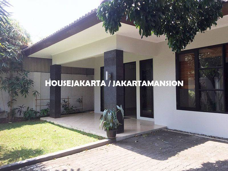 House for Rent sewa lease at Bangka Kemang