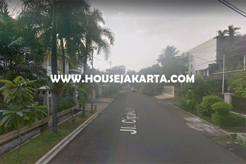 Rumah bagus Jalan Cipaku Kebayoran Baru dekat Senopati Dijual Murah ada Pool