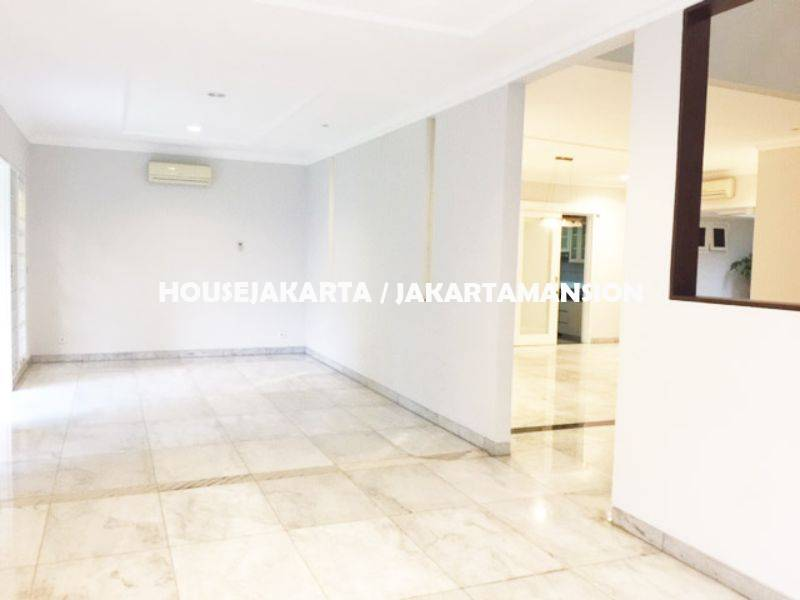 House for rent sewa lease at kuningan