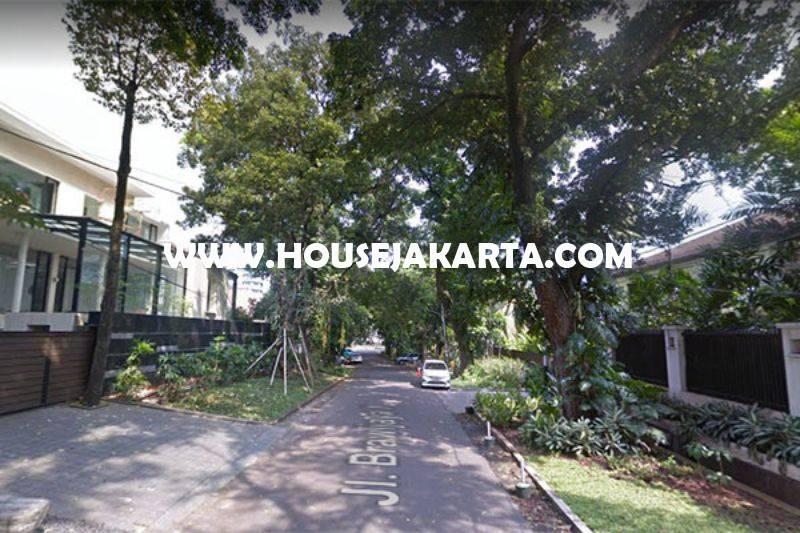 Rumah Jalan Brawijaya X Kebayoran Baru dekat Senopati Dijual Murah Daerah Asri Tenang