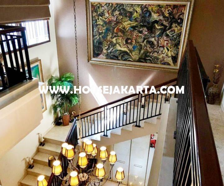 Dijual Rumah Bagus jalan Jambu Menteng Jakarta Pusat Tanah Persegi Siap Pakai