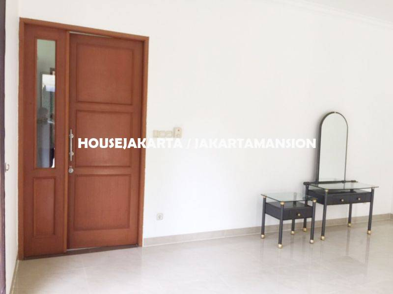 Compound House for rent at Pejaten close to kemang