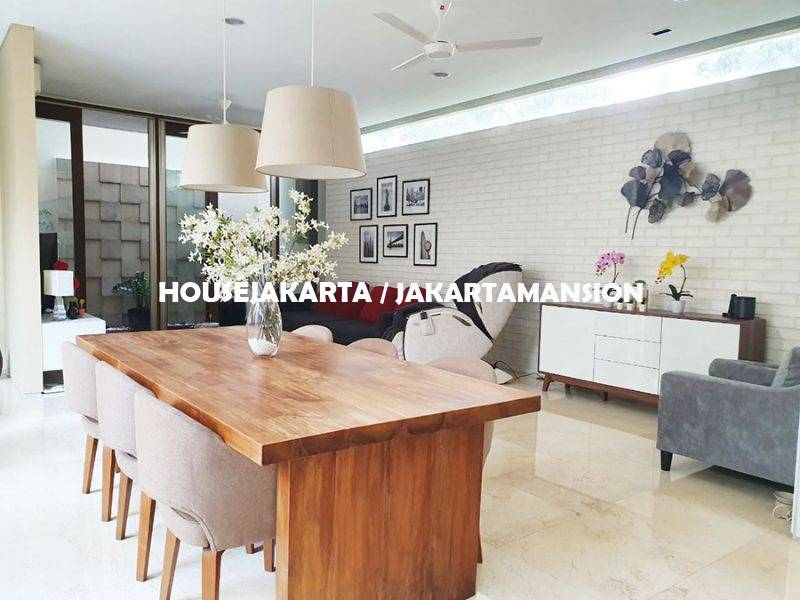 Brand New Town House for rent sewa lease at Kemang