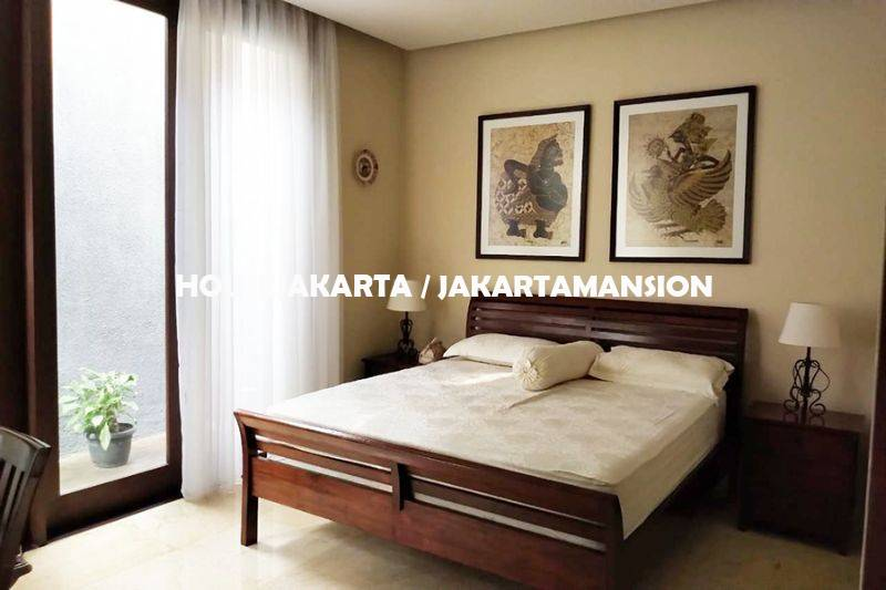 HR1263 Brand New Town House for rent sewa lease at Kemang
