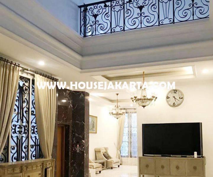 Rumah Baru Jalan Lembang Menteng Dijual Murah 2 lantai ada Swimming Pool