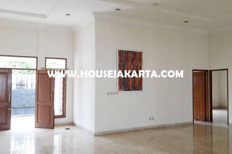Rumah 2 lantai Jalan Banyumas Menteng Dijual Murah Tanah Persegi daerah Tenang