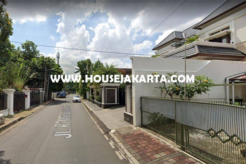 Rumah 2 lantai Jalan Ki Mangunsarkoro Menteng Jakarta Pusat Dijual Murah Tanah Persegi