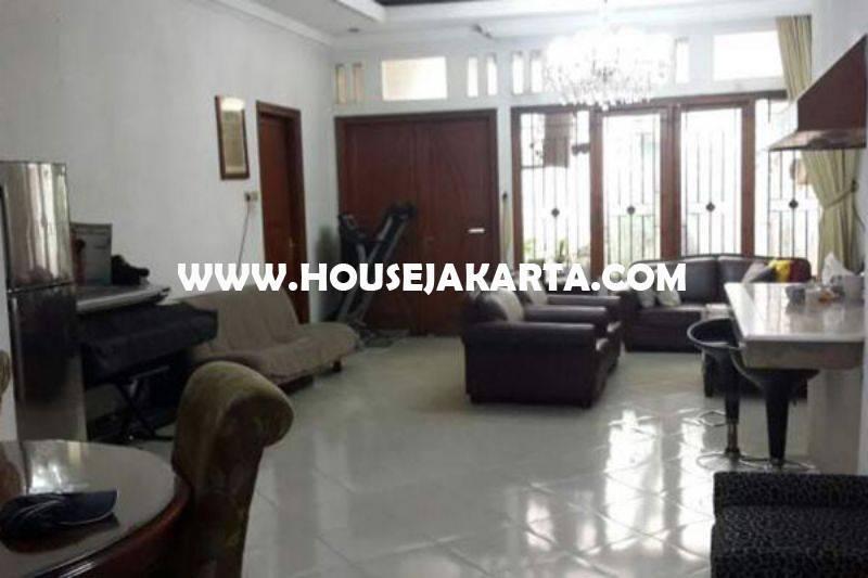 Rumah Lama Jalan Daksa Senopati Kebayoran Baru dekat SCBD Sudirman Dijual Murah