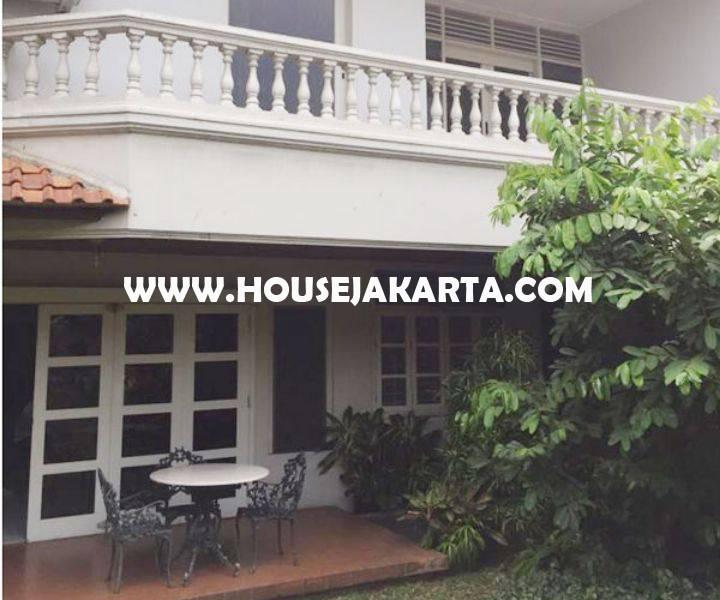 Dijual Rumah lama Jalan Teuku Umar Menteng Hitung Tanah Persegi Luas 2700m Golongan C