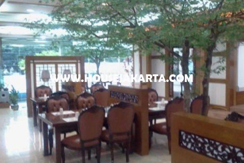 Bangunan Komersial 3 lantai jalan Senopati Raya Dijual Murah dekat SCBD Sudirman Kebayoran Baru