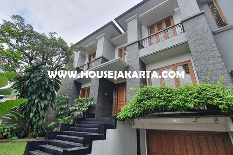 Rumah Bagus 2 lantai Jalan Brawijaya Kebayoran Baru Dijual Murah 35M ada Pool