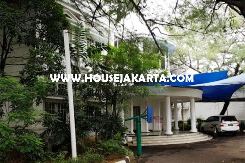 Rumah Klasik Kemang Jakarta Selatan Luas 1hektar Dijual Murah Hitung Tanah 23juta/m