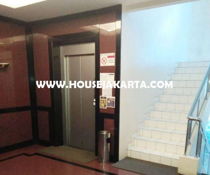 Gedung Kantor Komersial 4 lantai ada basement Jalan Teuku Cik ditiro Menteng Dijual Murah