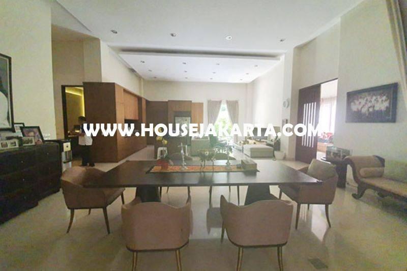 Rumah Bagus daerah Galuh dekat Sriwijaya Senopati Kebayoran Baru dan scbd Sudirman Dijual