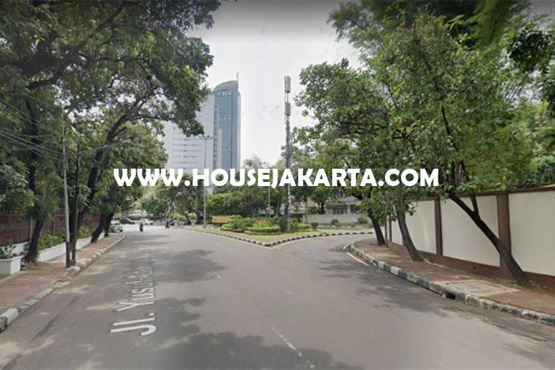 Rumah lama Jalan Yusuf Adiwinata Menteng hitung Tanah luas 922m Dijual Murah