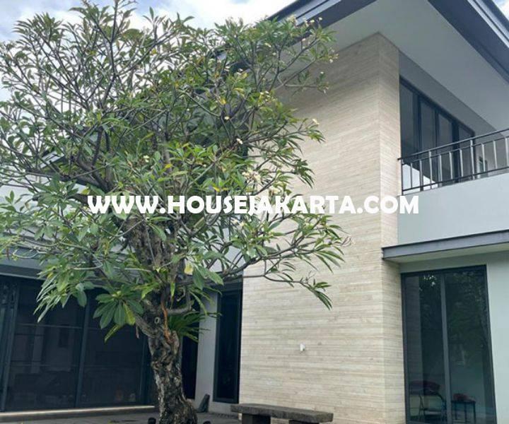Rumah Bagus ada Pool Jalan ciniru kebayoran Baru Senopati Dijual Murah dekat SCBD Sudirman