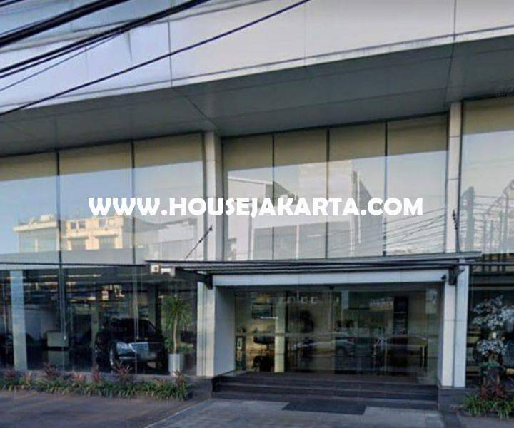 Gedung Kantor Showroom 3 Lantai Kebayoran Baru dekat Pondok Indah Dijual Murah