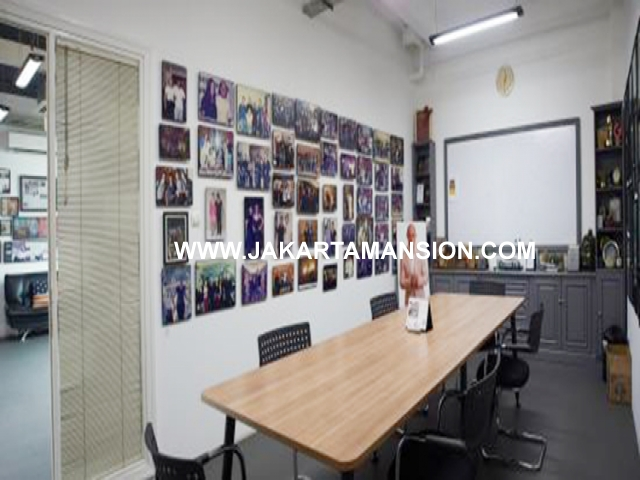 Office for rent at Radio Dalam