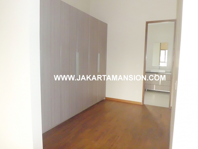 HR531 Compound for rent at kemang