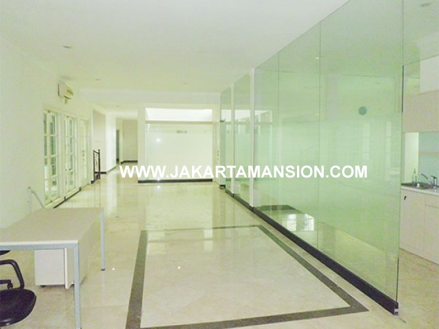 House for rent at Senopati Suitable to Embassy Close SCBD Area