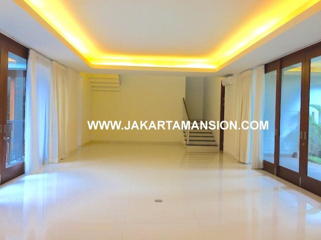 House for rent at senopati kebayoran baru for lease disewakan