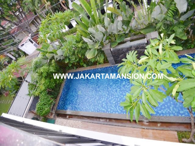 Townhouse for rent at Ampera close to kemang