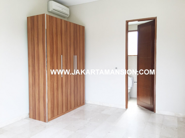 Compound for rent at Pejaten close to kemang