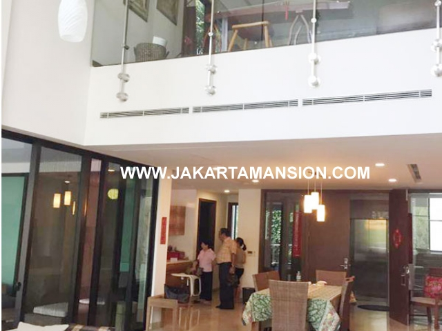 AR604 Apartement Pakubuwono House Residence Townhouse 3 lantai Dijual For Sale