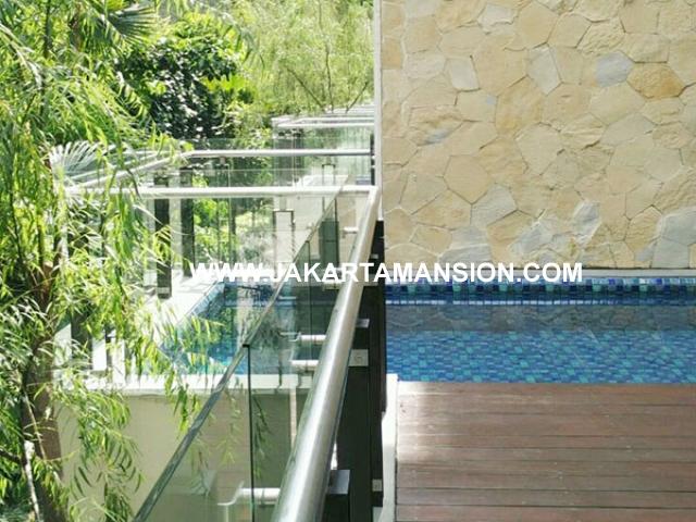 Apartement Pakubuwono House private pool 3 lantai dijual murah
