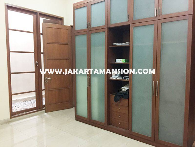 House for Lease Rent Sewa at Senopati Kebayoran Baru