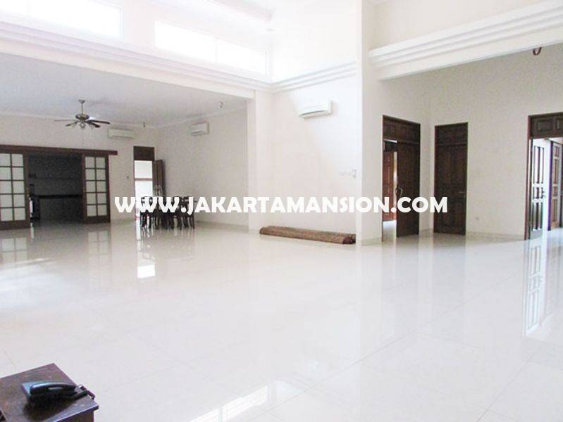 House for rent sewa lease at Senayan (Kebayoran Baru)