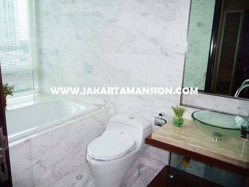 The Peak Sudirman Apartment for rent sewa lease