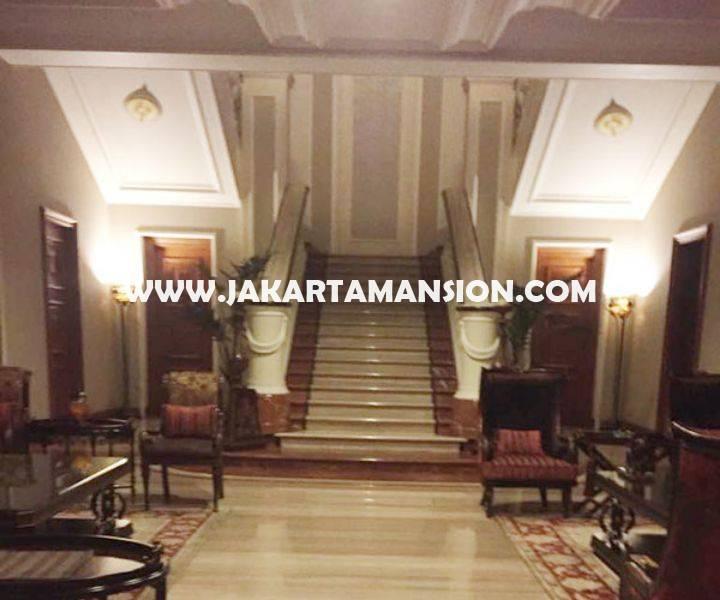 Rumah LUX Jalan Denpasar Mega Kuningan Dijual Murah Mewah 3 Lantai ada Basement
