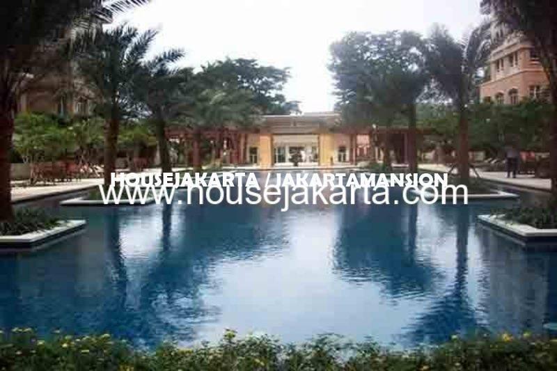 Penthouse Apartement Pakubuwono Residence Dijual Murah Lux Furnished 2 lantai