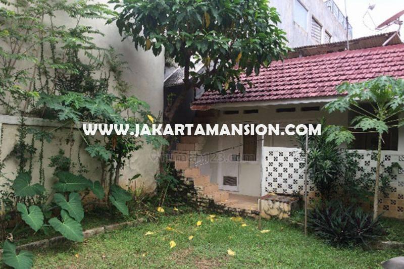 Rumah Jalan Sumenep Menteng Tanah Kotak dekat Bunderan HI Thamrin Dijual Murah