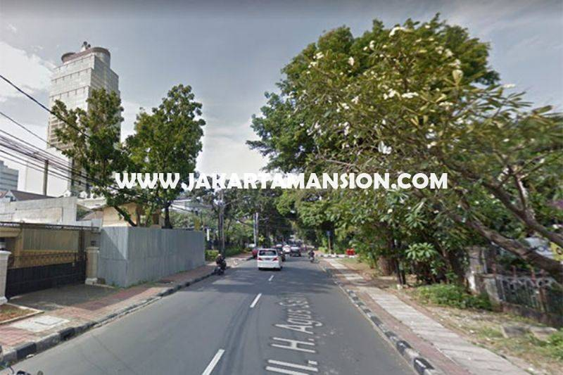 Rumah Jalan Agus Salim Menteng dekat MH Thamrin Dijual Murah tanah Kotak