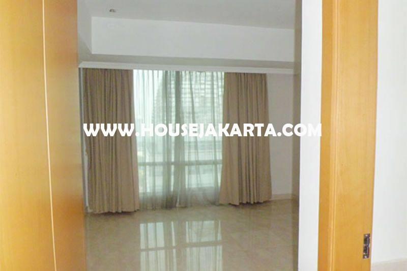 Apartemen Sudirman Mansion SCBD 3 bedrooms luas 173m Dijual Murah 7M
