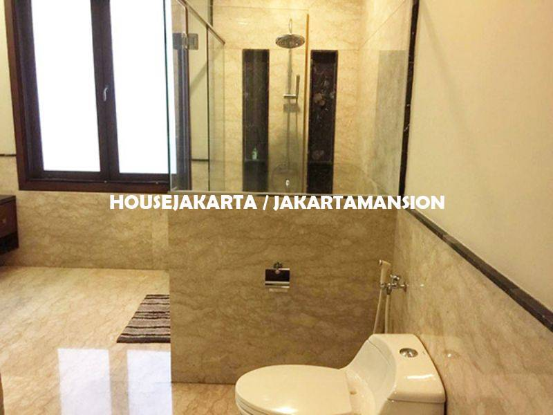 HR998 House for Rent Sewa Lease at Pondok indah
