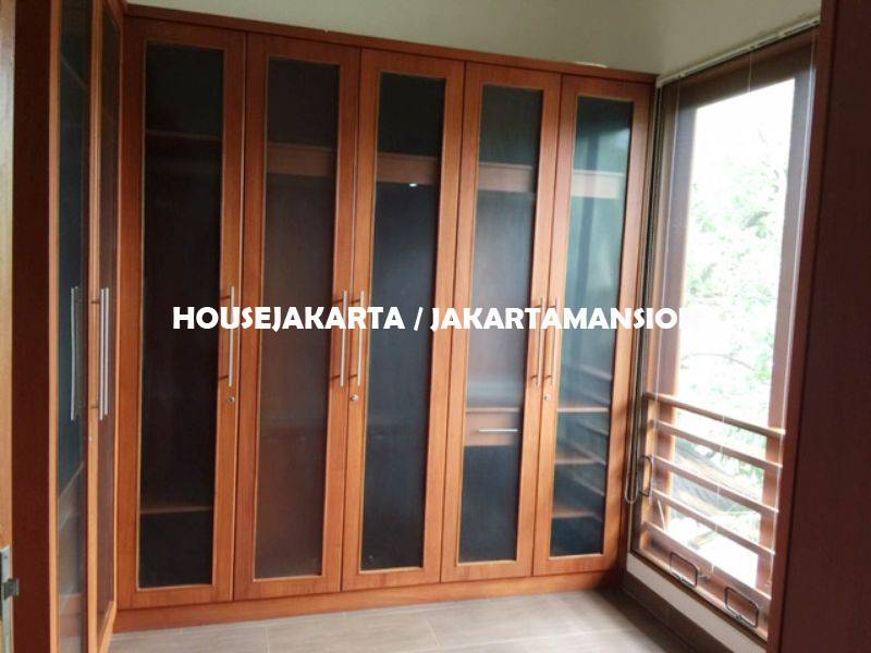 HR1248 Compound House for rent at Pejaten close to kemang